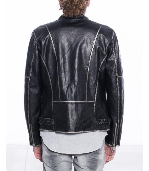 Giacca nera in ecopelle stile chiodo con silver-edge
