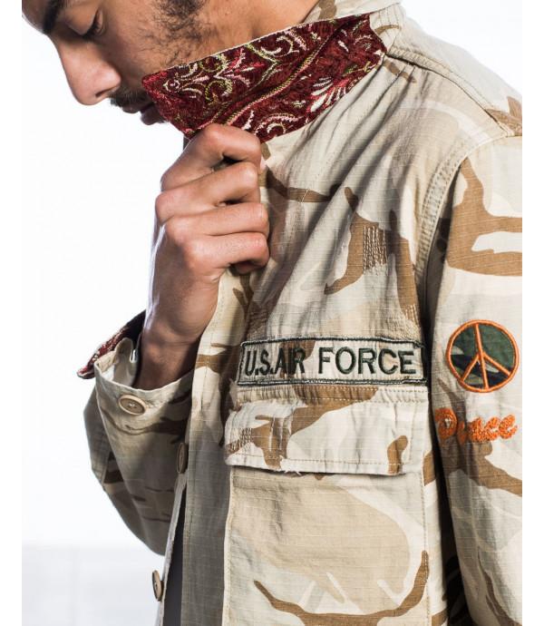 Giubbotto camouflage in stile militare