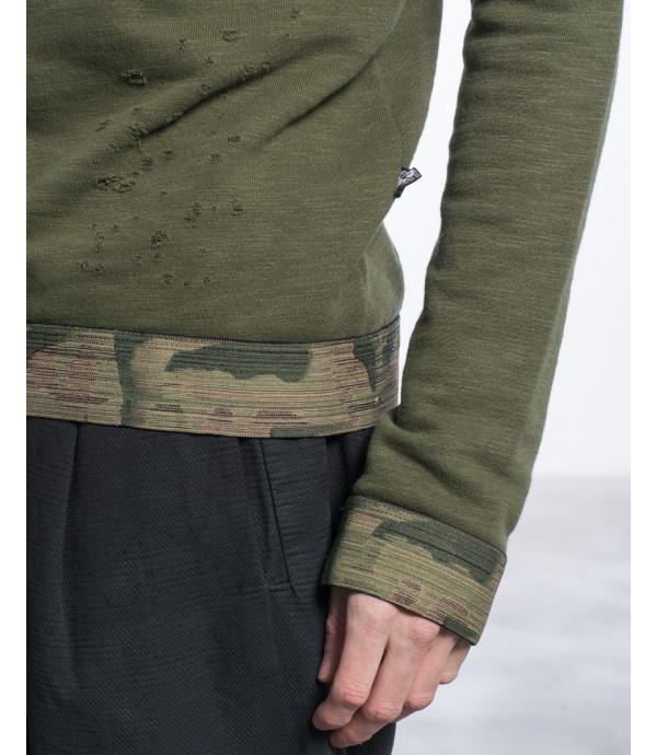 Felpa distressed con buchi e fascia elastica militare