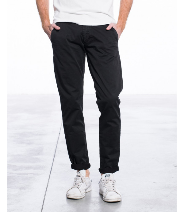 Chinos basico regular fit