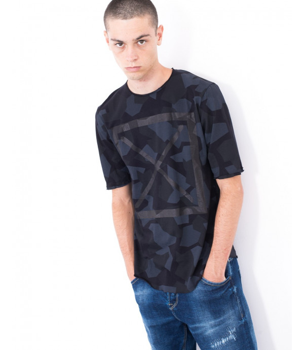 T-shirt in camouflage geometrico