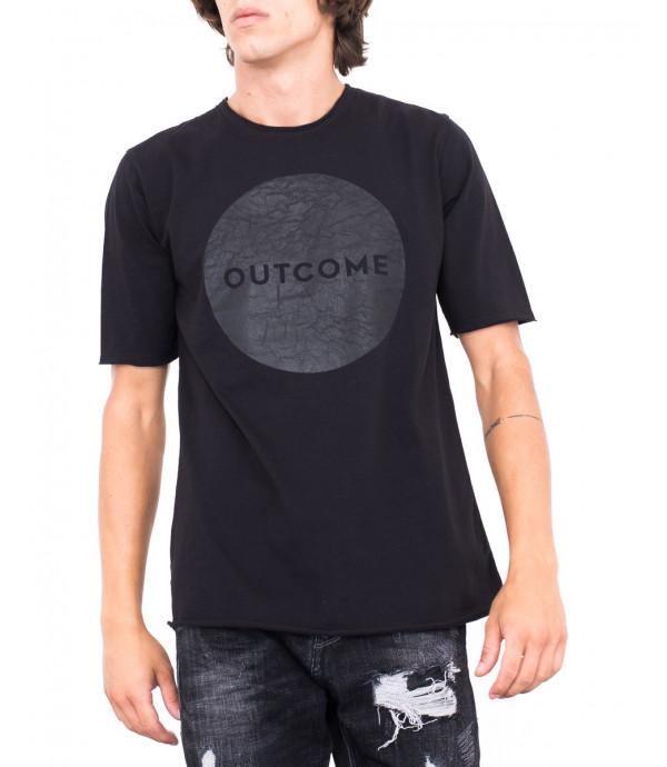 T-shirt con logo OUTCOME