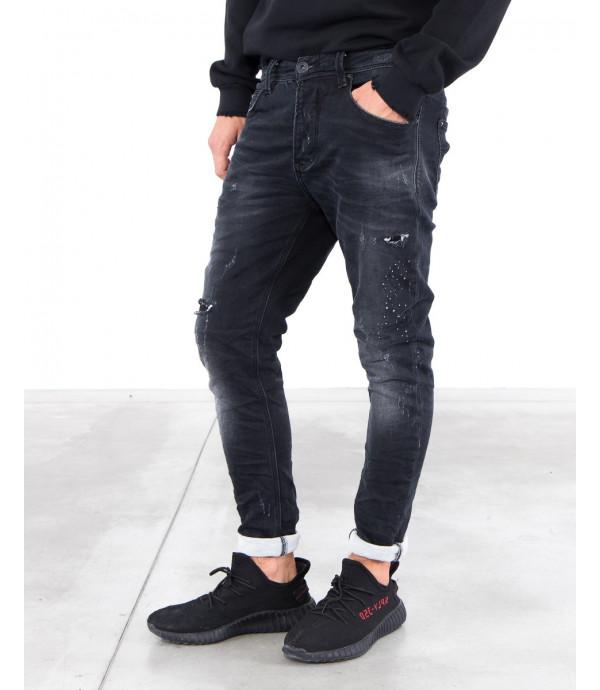 Jeans nero regular fit slavato con graffi