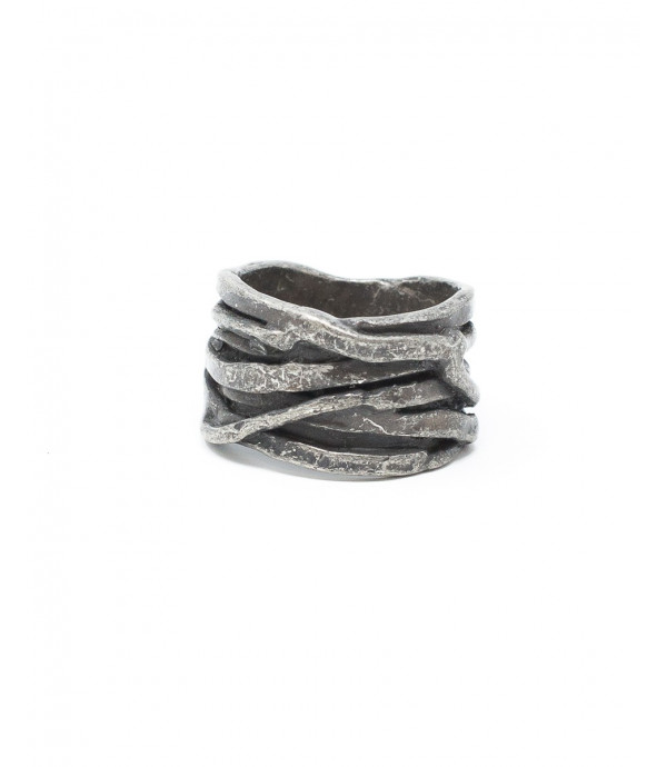 Anello twisted