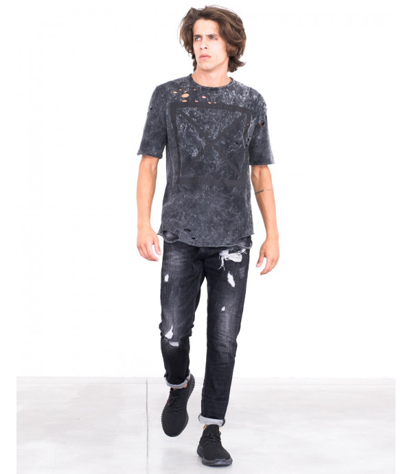 T-shirt acid wash