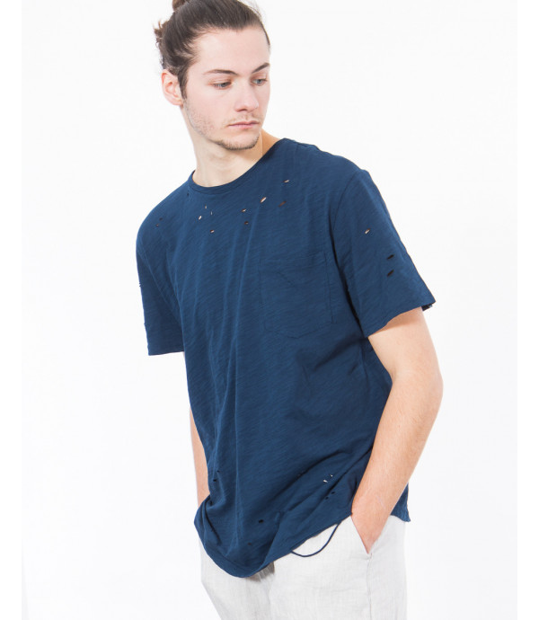 T-shirt con rotture