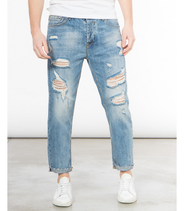 Jeans strappati carrot fit