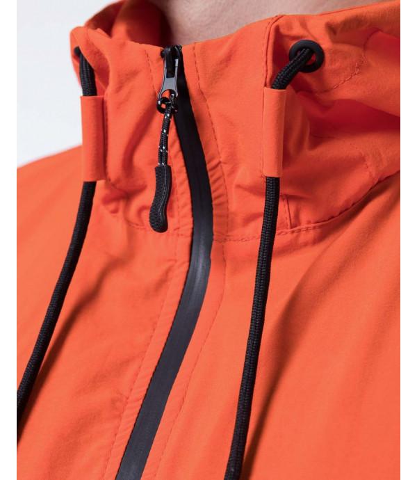 Giacca impermeabile con cappuccio leggero in tessuto tecnico