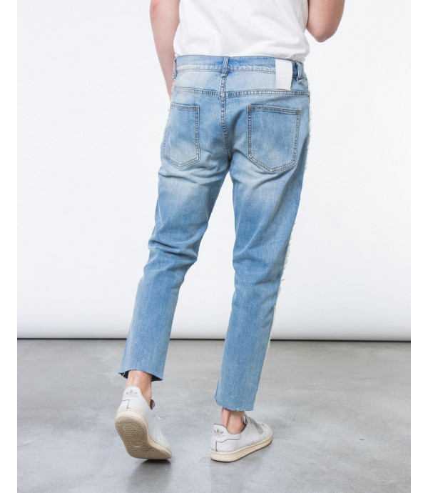Jeans carrot fit raw edge