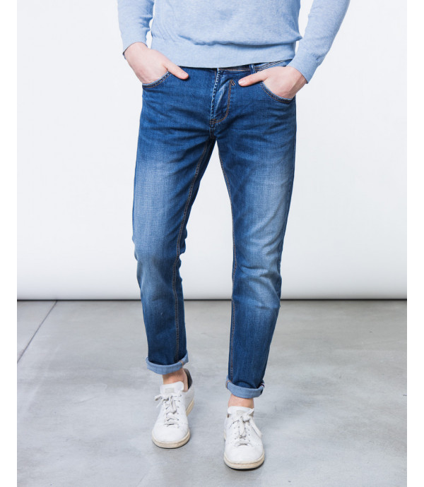 Jeans slim fit scuro