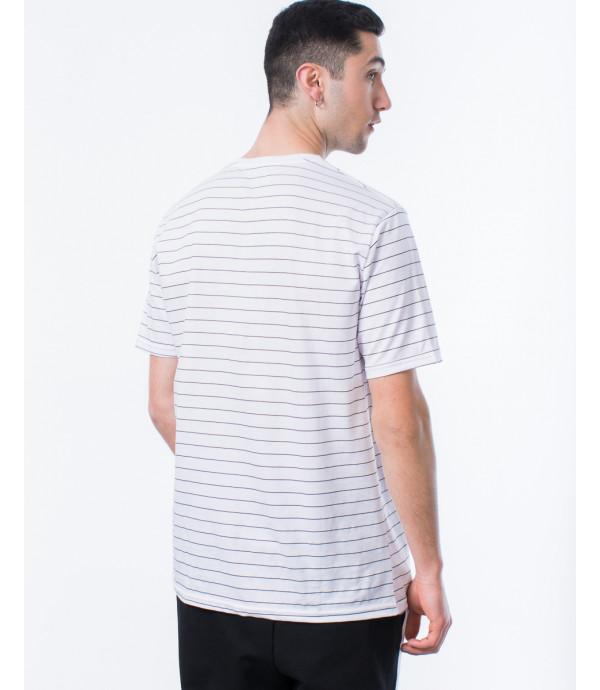 T-shirt OUTCOME