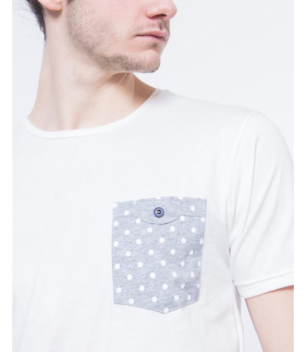 T-shirt con taschino fantasia