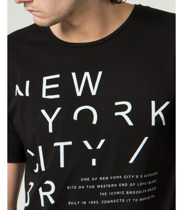 T-shirt con stampa NY