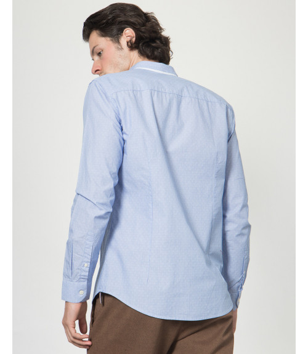 Camicia con colletto slim