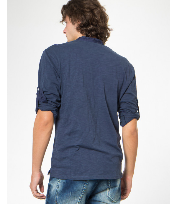 T-shirt baisca girocollo