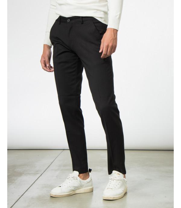 Pantaloni da completo a pois