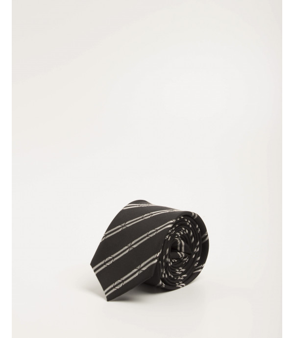 Cravatta a righe