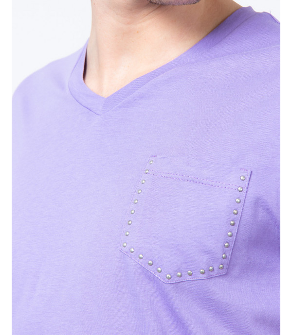 V-neck t-shirt with studs