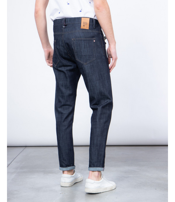 Carrot fit rinse wash jeans