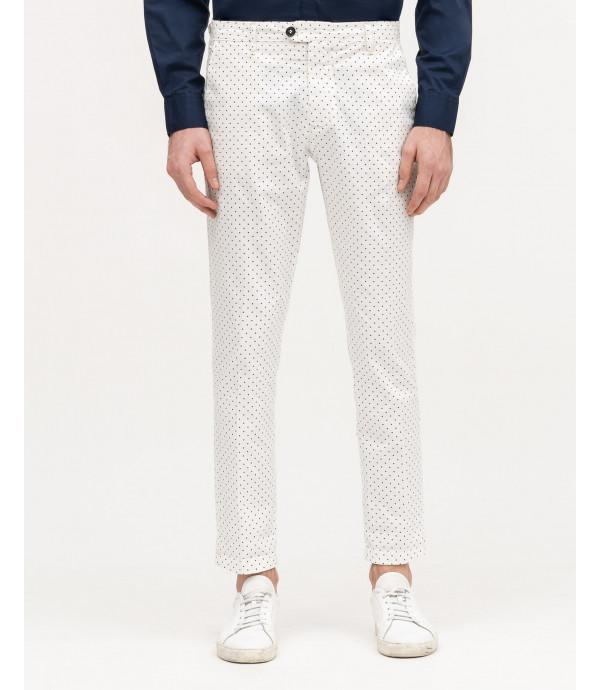 Pantaloni a pois slim fit