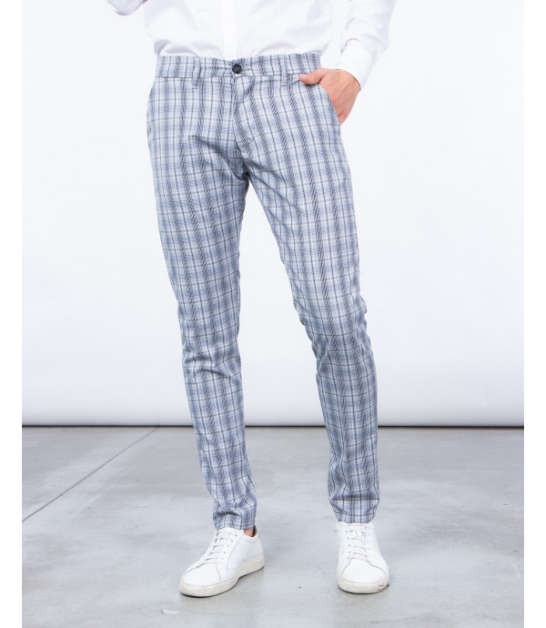 Slim fit trousers in tartan check
