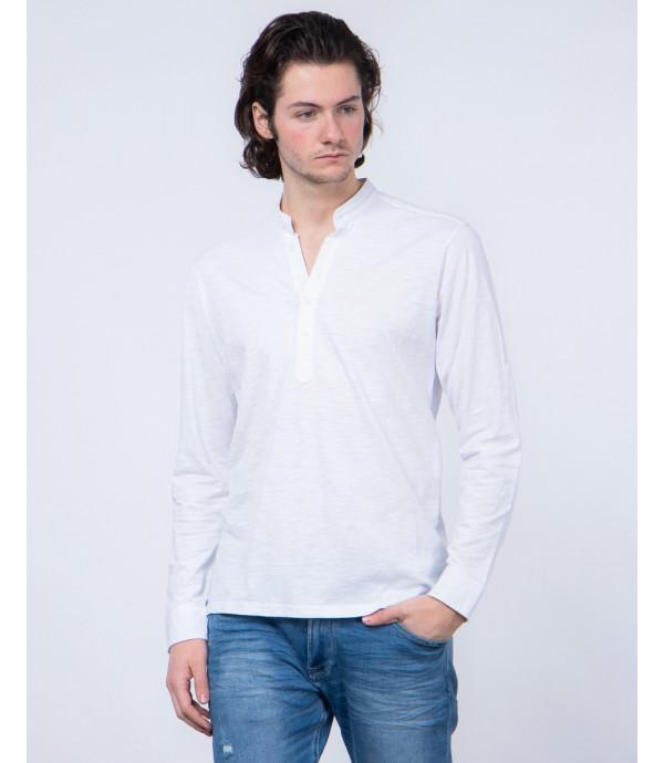 Button-neck long sleeve t-shirt