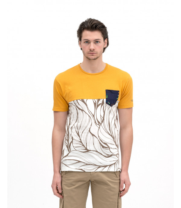 T-shirt con stampa floreale a colour block