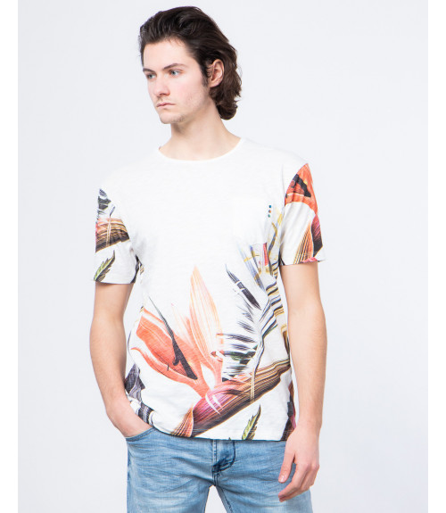 Printed t-shirt with applications