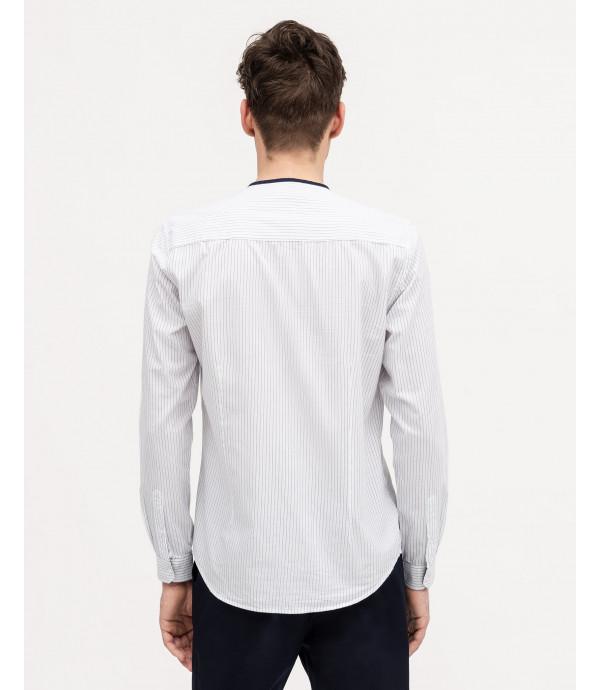 Camicia a righe con collo alla coreana