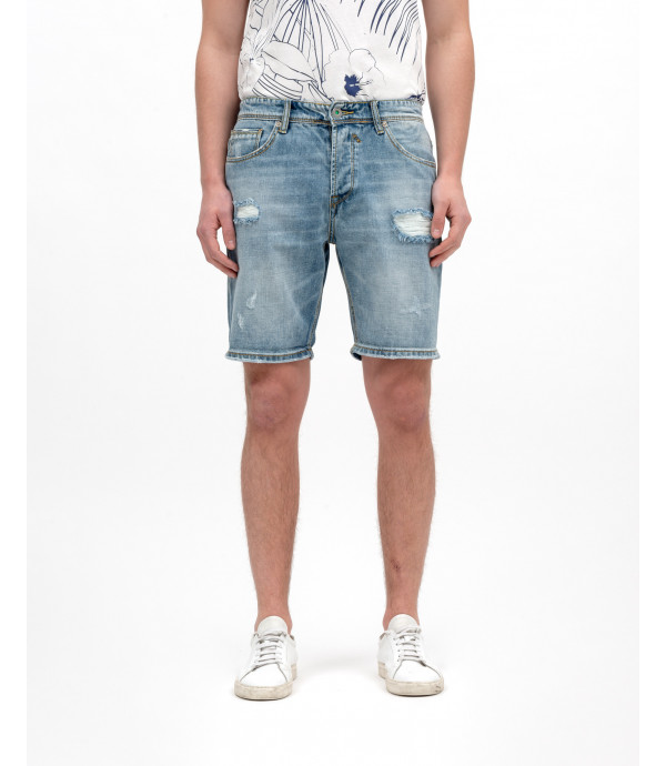 Denim shorts with rips light wash