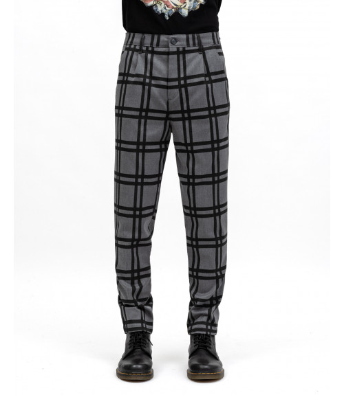 Checked trousers with pleats
