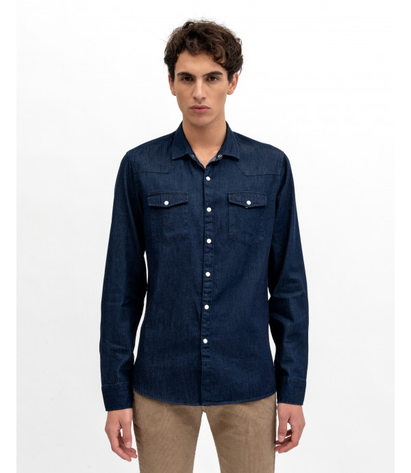Denim shirt with automatic buttons