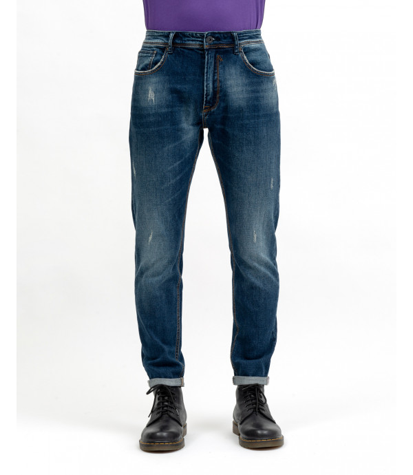 Medium wash regular fit jeans