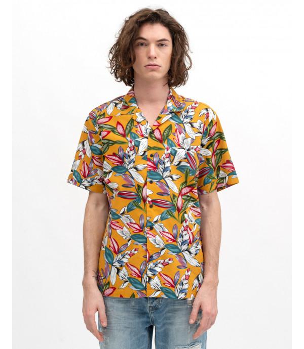 Short-sleeve floral print shirt