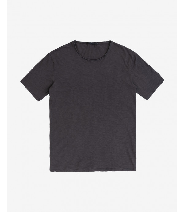 Raw cut t-shirt