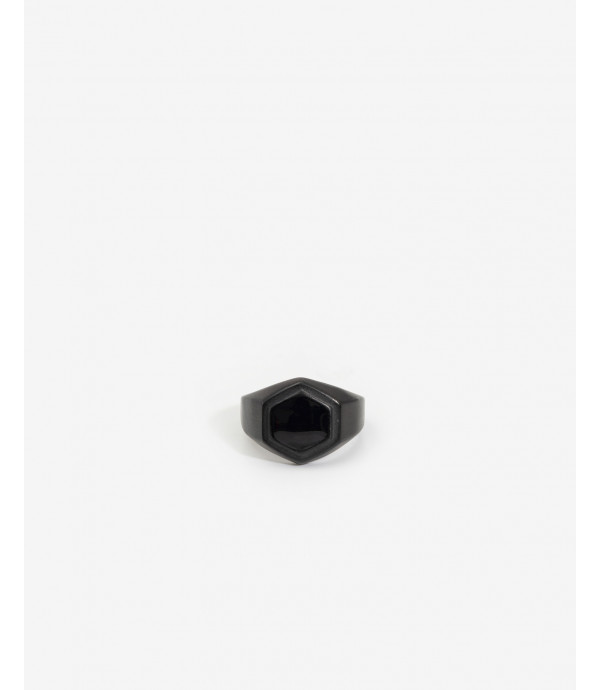 Black ring with hexagon rock