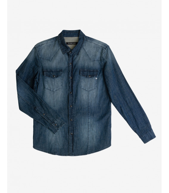 Denim shirt with snaps