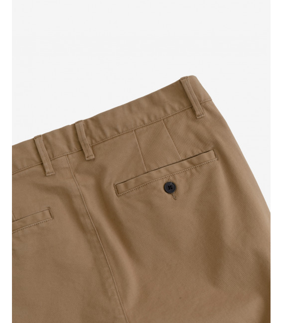 Chinos slim fit con pinces basico