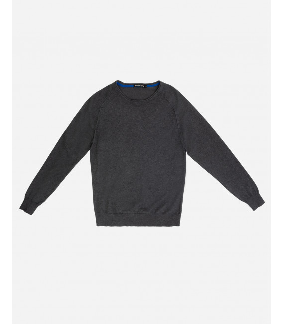 Basic raglan sleeve jumper