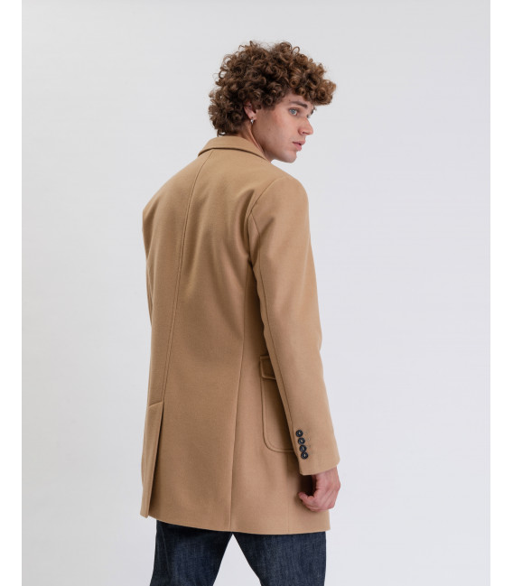 Coat with pockets