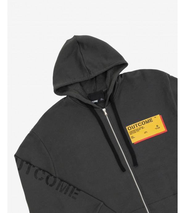 Zipped hoodie label