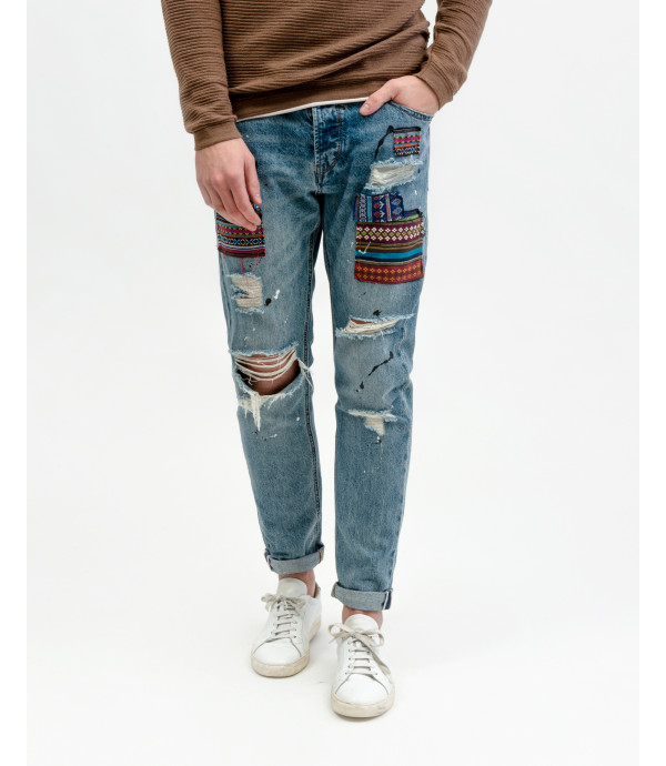 More about Bruce regular slim fit jeans with Atzec style patches