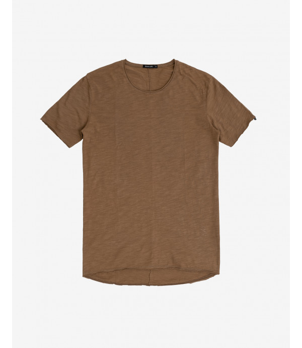 Basic slubbed T-shirt with back stritching