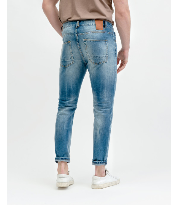 Adam light wash regular cropped fit jeans
