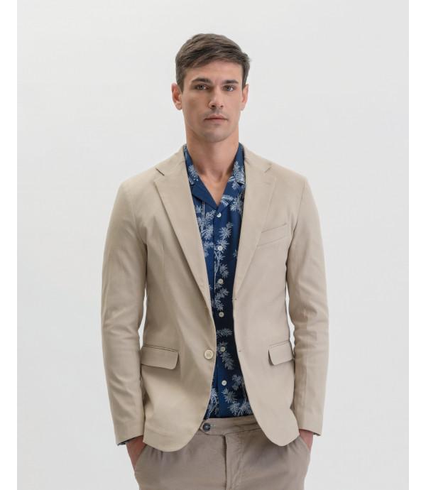 Solid colour slim fit blazer