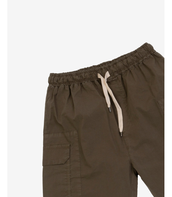 Cargo trousers with elastic waist