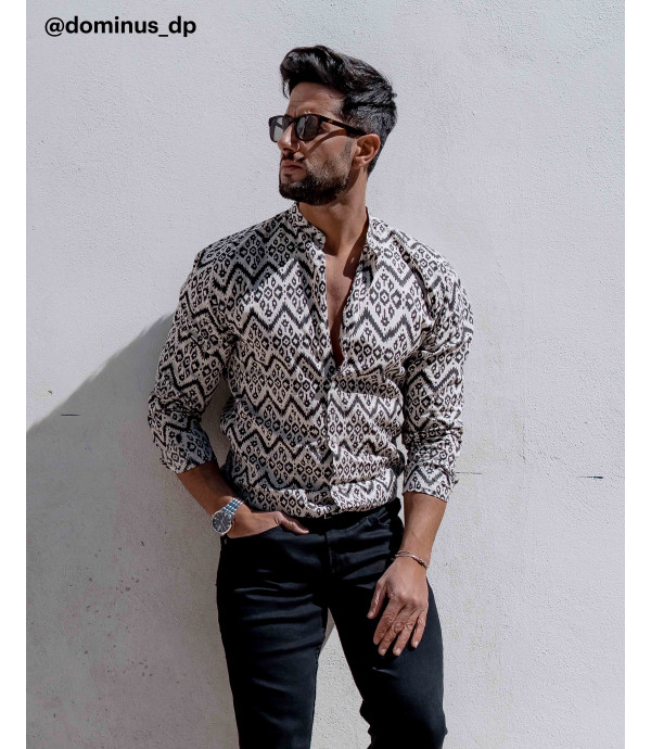 Mandarin collar abstract patterned shirt