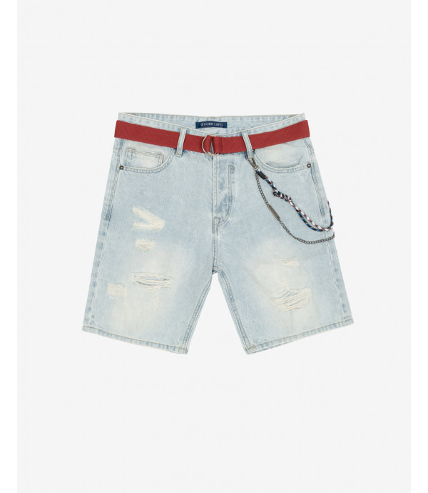 Light wash denim shorts with accessory