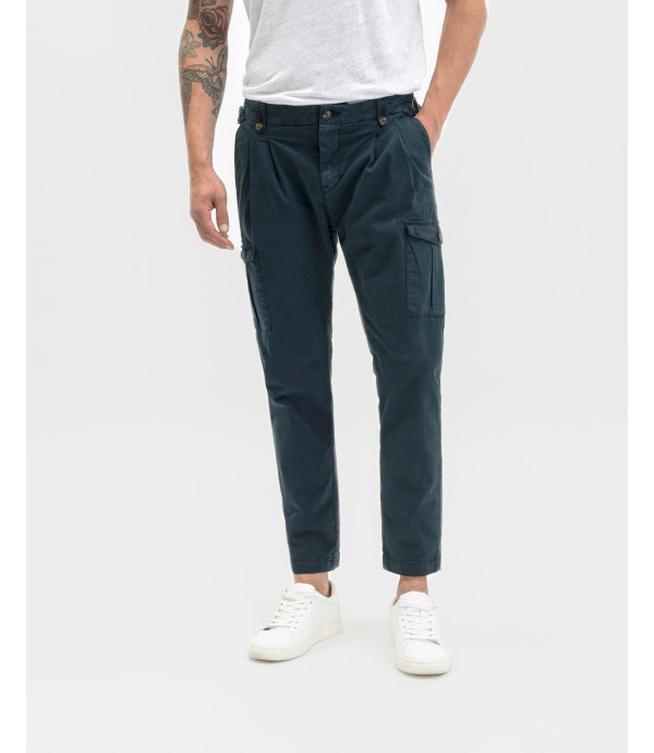 Pleated cargo trousers