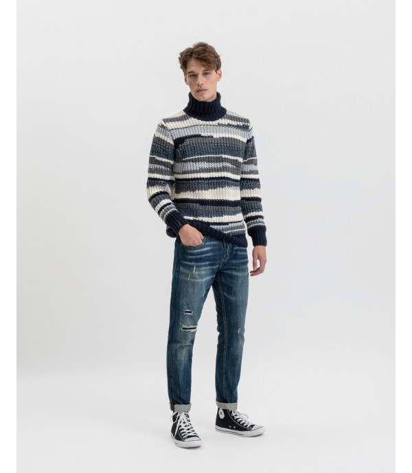 Bruce regular jeans dark wash with rips and whiskers